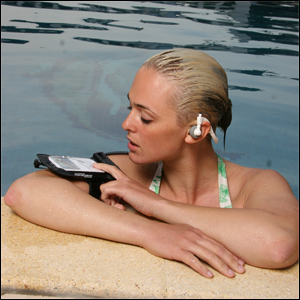 WATERPROOF IPOD CASE